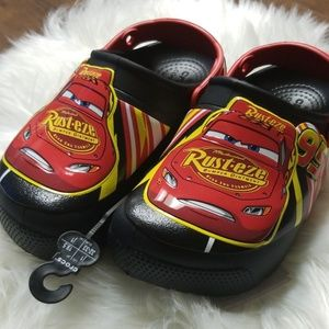 NWT Crocs Outdoor Shoes Disney Cars Lighting McQueen toddler 4 5 Authentic Glow